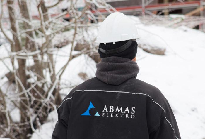 Elektriker fra Abmas Elektro.